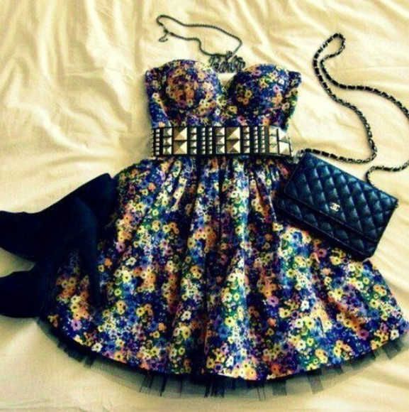 dress Belt gold waist belt black chanel metal gold belt gold studs floral floral dress a line dress punk chic grunge black heels suede heels purse handbag chanel handbag crossbody gold studded belt