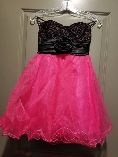 dress pink dress prom dress homecoming dress black pink black dress spagetti straps spaghetti straps dress fuschia