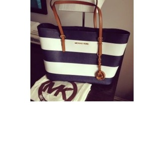 bag micheal kors bag tumblr girl tumblr outfit blue bag white bag