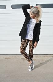pants,leopard print