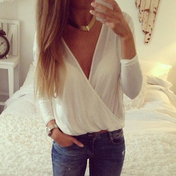 white blouse streetstyle jeans fashion hazel urban outfitters hello loverr jeans jacket shirt long sleeve wrap front jewels white blouse cross front shirt, blouse, white, sheer,