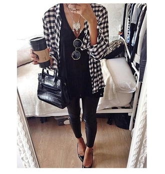 blouse style trend trending trending now popular blogger popular fashion sunglasses high heels necklace bag jewels