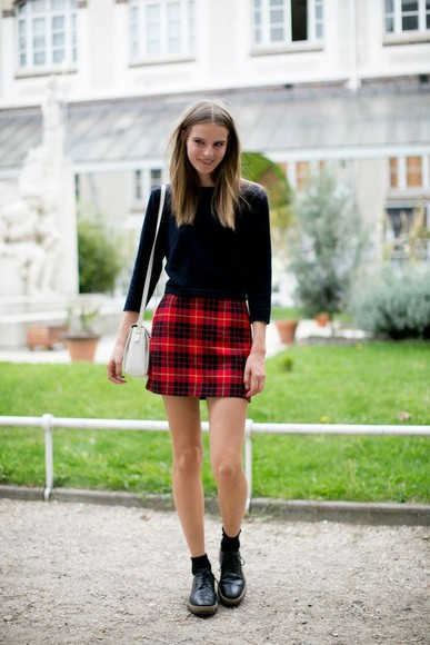 shoes oxfords black oxfords black shoes plaid skirt white, black, red, blood, american horror story, tumblr t-shirt