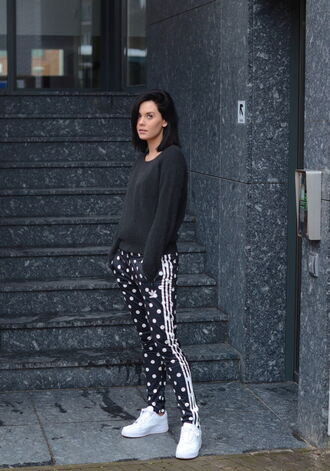 lovely by lucy blogger polka dots adidas originals sweatpants joggers polka dot pants black sweatshirt nike sneakers nike sneakers white sneakers