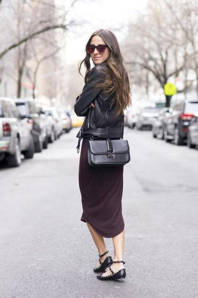 something navy blogger sunglasses black jacket winter dress dress shoes bag jacket jewels