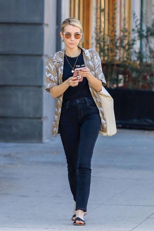 top streetstyle emma roberts denim jeans casual