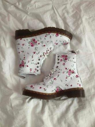 shoes doc. martens boots