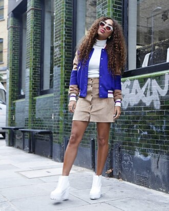 from hats to heels blogger jacket skirt shoes sunglasses