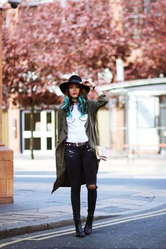 preppy fashionist blogger hat t-shirt coat jeans belt shoes sunglasses bag jewels