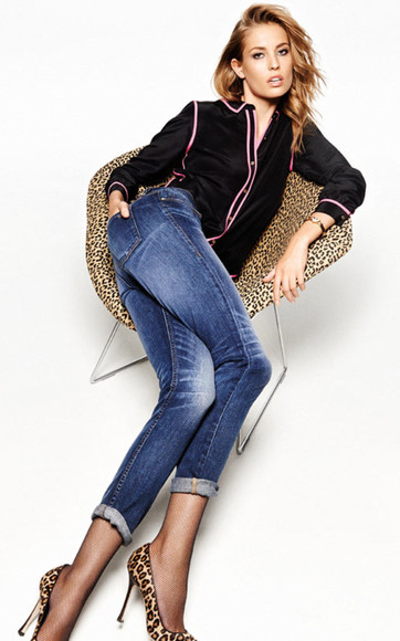 blouse lookbook fashion jeans juicy couture