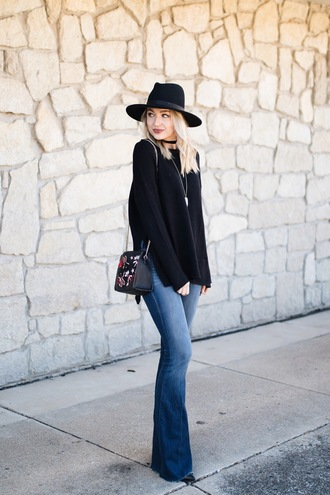 love lenore blogger sweater jeans hat bag jewels felt hat black sweater black hat shoulder bag flare jeans fall outfits
