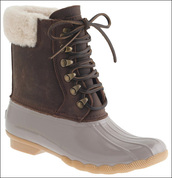 le fashion image,blogger,winter boots,duck boots,shoes