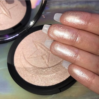 make-up highlighter