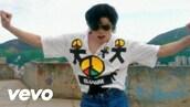 t-shirt,retro,peace,fashion,michael jackson,v neck,white t-shirt