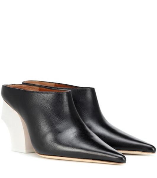 Rejina Pyo Jasmin leather mules in black