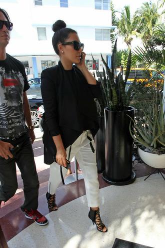 white pants shoes sunglasses kim kardashian