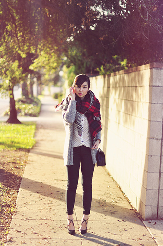 fresh fizzle blogger shirt jeans sweater cardigan shoes scarf