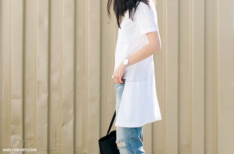 andy heart blogger white shirt asymmetric shirt blue jeans ripped jeans asymmetrical top