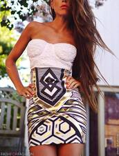 skirt,gold,bustier,white bustier,printed skirt,arabian style,hot,lace,high waisted skirt,high waisted,model,short skirt,bustier dress,dress,party dress,party,bodycon,sexy dress