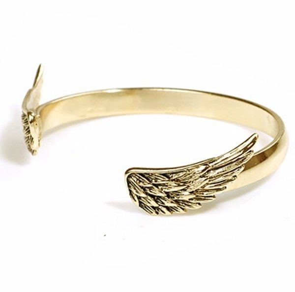Charming fashion delicate wings golden metal polished bracelet
