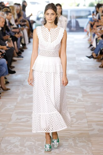 dress white white dress taylor hill model ny fashion week 2016 tory burch runway mesh dress lace dress