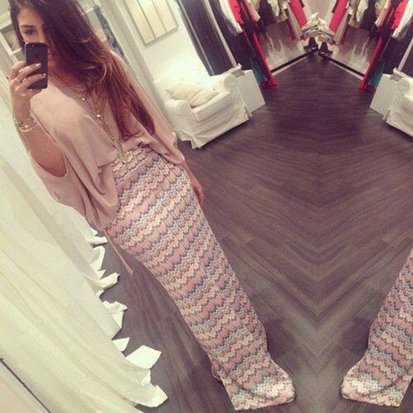 light pink classy skirt t-shirt sun summer outfits style maxi dress smart skirt maxi skirt night smart