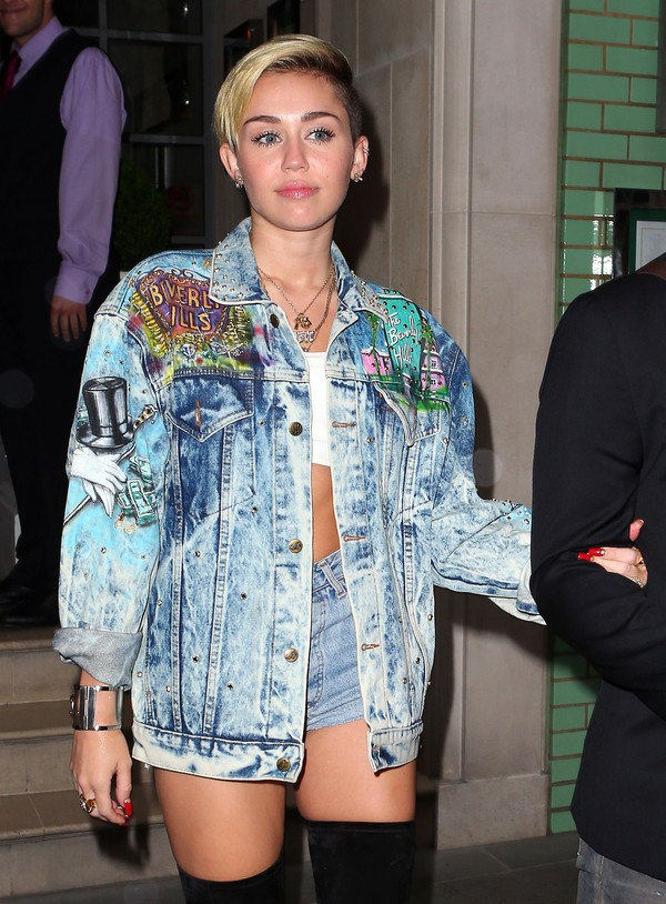 jacket miley cyrus blonde hair white girl