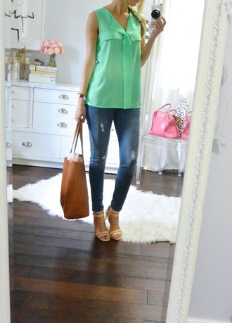 lilly's style blogger top jeans shoes bag sweater jewels skirt tank top shorts shirt hat dress belt