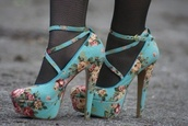 shoes,floral shoes,floral,turquoise,high heels,platform heels,ankle strap,simple minds,office outfits,textile,heels,pumps,mary jane,blue,straps,fashion,cute,cute high heels,flowers,floral heels
