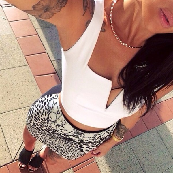 top crop tops fashion skirt 116196 necklace shoes bracelets crop tops black white print bustier bustier crop top tank top