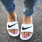 shoes,nike benassi women's white slide,black swoosh