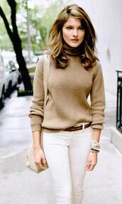 sweater,brown knit sweater,fall outfits,fall sweater,turtleneck,fashion,classy,turtleneck sweater