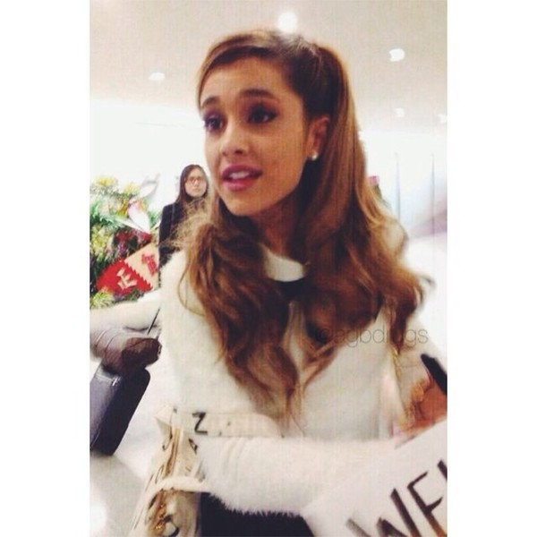 sweater ariana grande whitesweater cute cute sweaters