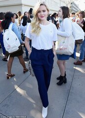 t-shirt,ava phillippe,gender,female,reese witherspoon