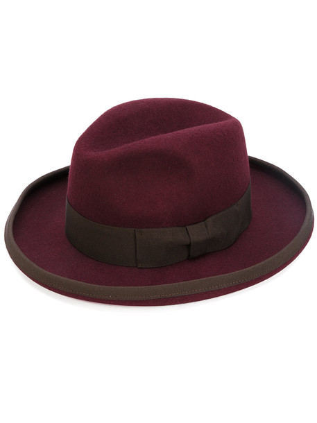 classic hat red