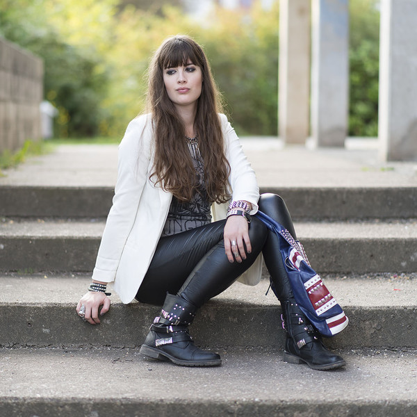 andy sparkles blogger jacket bag shoes leggings jewels top