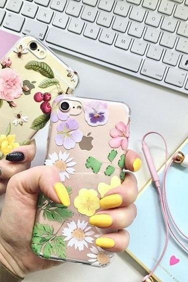 iPhone Case - Dry flowers