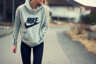 bag grey sweater