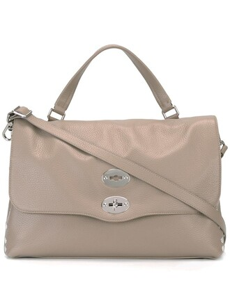 women nude bag