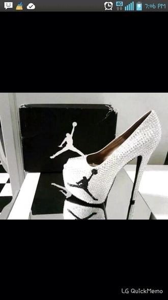 shoes jordan black and white rhinestone heels jordans sparkling heels authentic air jordan womens white black