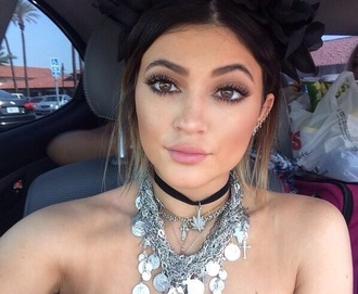 hat kylie jenner jewels