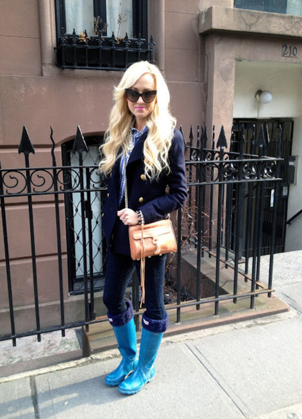a spoonful of style shoes jeans shirt coat bag jewels sunglasses