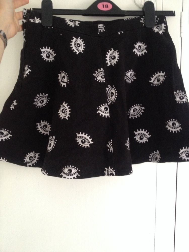 H&M Eye Print Skater Skirt 10 | eBay