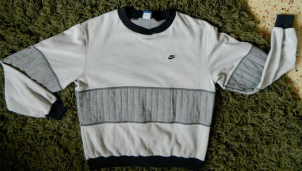 Vintage Nike Sweatshirt March 2017