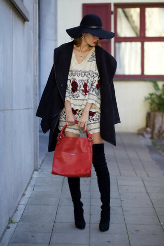 from brussels with love blogger shoes dress coat jewels bag