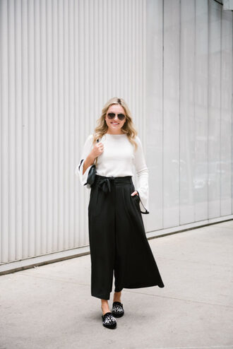pants tumblr culottes black culottes wide-leg pants palazzo pants top white top bell sleeves shoes mules bag