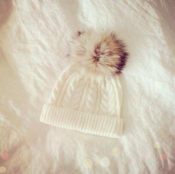bonnet bonnet pompons white blanc snow pom pom beanie hat