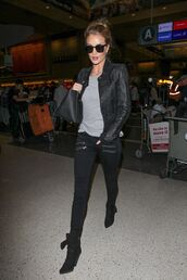 jeans,rosie huntington-whiteley,leather jacket,grey top,black bag,black jeans,skinny jeans,black boots,all black everything