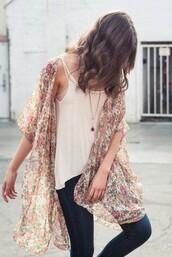 cardigan,lovely kimono,clothes,kimono,kimono jacket,flowers,floral kimono,floral,oversized cardigan,brandy melville,tank top,jeans