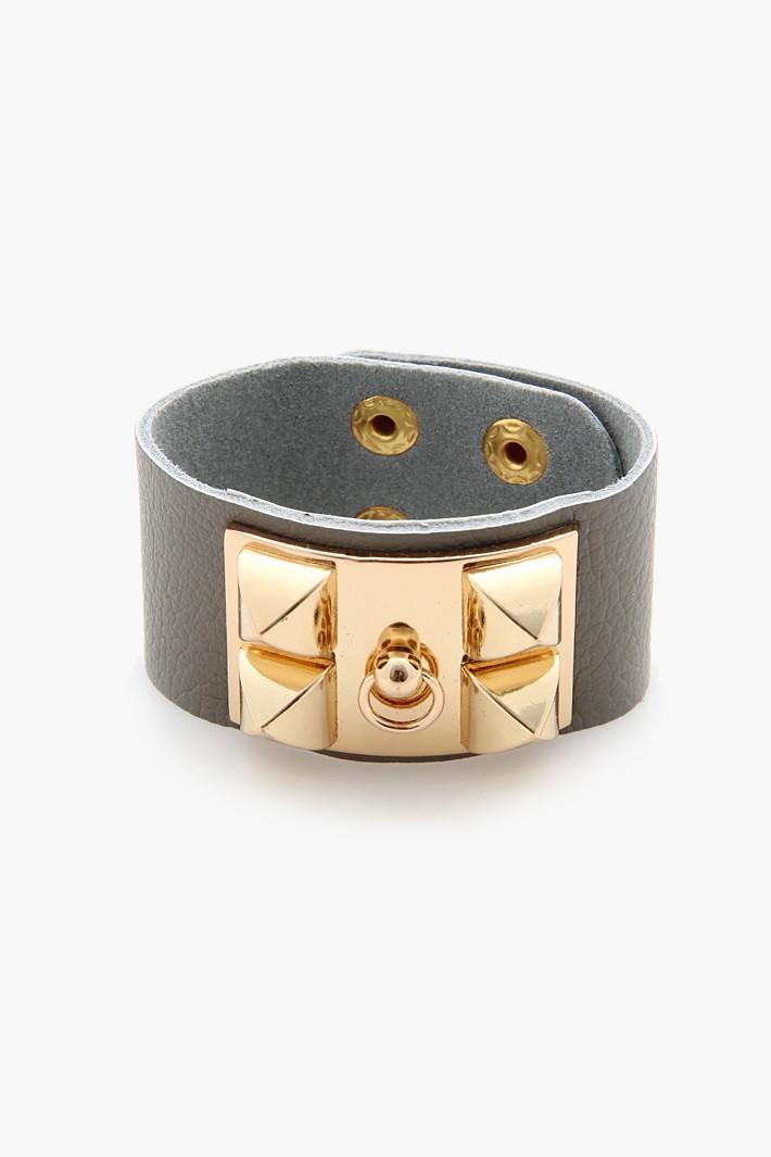 Designer look plate leather bracelet
